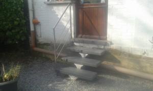 escalier sppirwill aluminium avec marche syntetique (1)